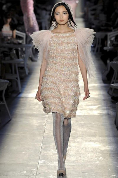 chanel20 400x600 Chanel Fall 2012 Couture | Paris Haute Couture
