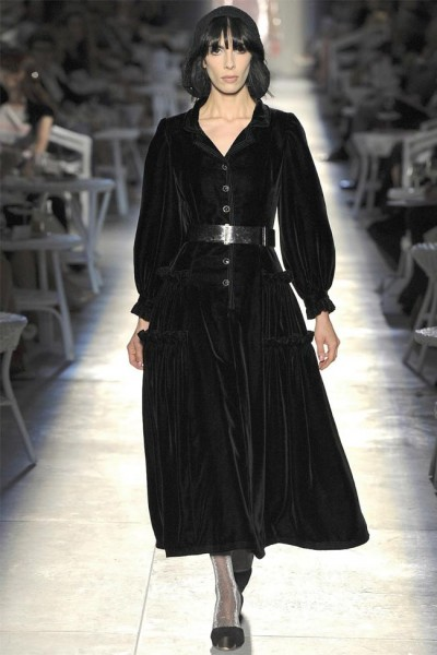 chanel31 400x600 Chanel Fall 2012 Couture | Paris Haute Couture