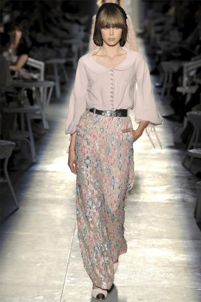 chanel45 400x600 Chanel Fall 2012 Couture | Paris Haute Couture
