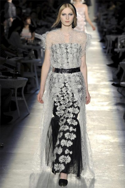 chanel51 400x600 Chanel Fall 2012 Couture | Paris Haute Couture