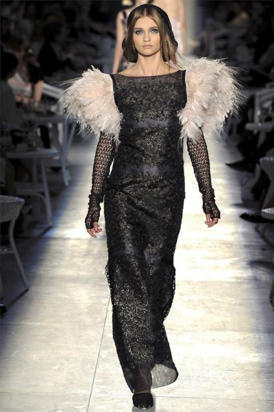 chanel55 400x600 Chanel Fall 2012 Couture | Paris Haute Couture