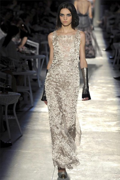 chanel57 400x600 Chanel Fall 2012 Couture | Paris Haute Couture