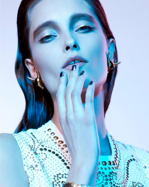 Iekeliene Stange Dons Fine Jewelry Looks for Vogue Portugal by Enric Galceran