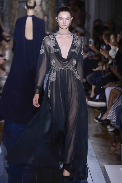 valentino141 400x600 Valentino Fall 2012 Couture | Paris Haute Couture