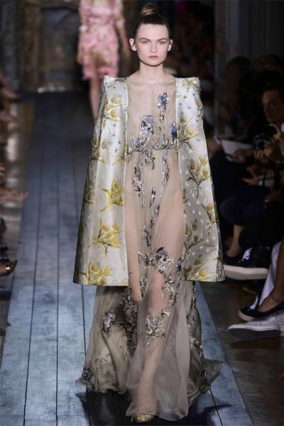 valentino34 400x600 Valentino Fall 2012 Couture | Paris Haute Couture