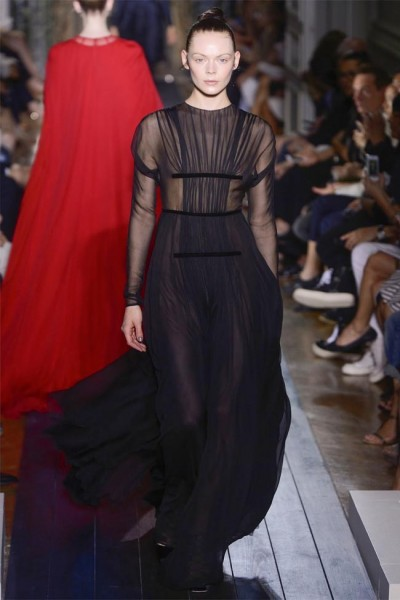 valentino41 400x600 Valentino Fall 2012 Couture | Paris Haute Couture