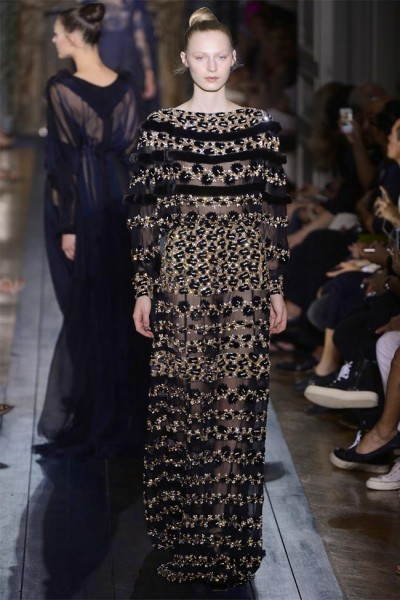 valentino44 400x600 Valentino Fall 2012 Couture | Paris Haute Couture