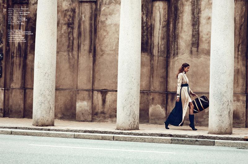 Jaclyn Adams Captures Chic Autumn Looks for Plaza Kvinna