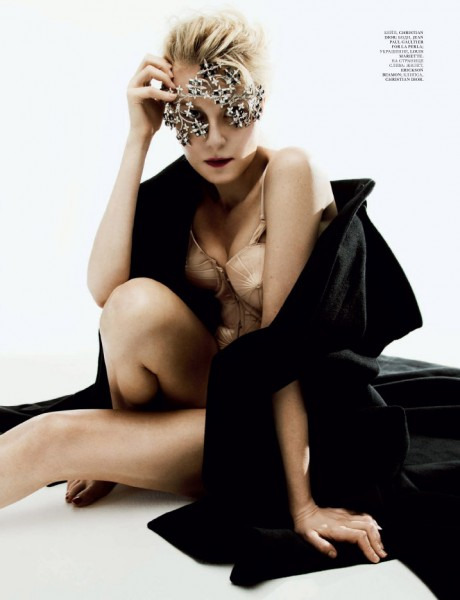Renata Litvinova Gets Comfortable for the Lens of Nikolay Biryukov in Interview Russia September 2012