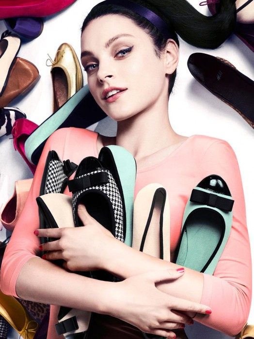 Jessica Stam & Arlenis Sosa Model H&M's Latest Accessories