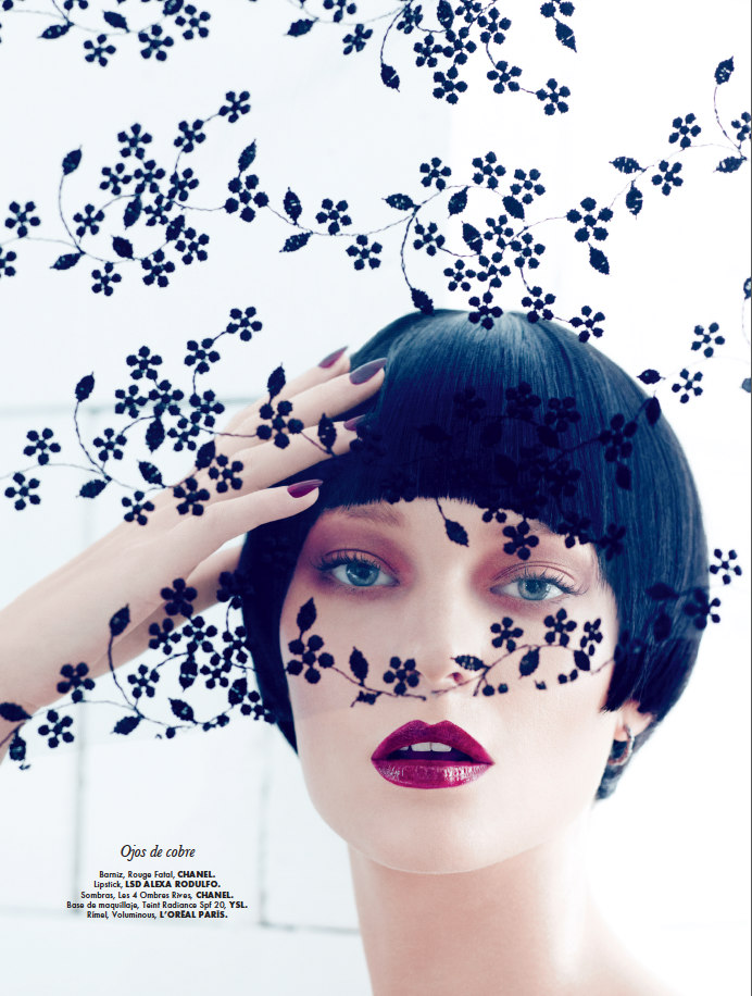 Emre Guven Lenses Romantic Fall Beauty for Elle Mexico October 2012