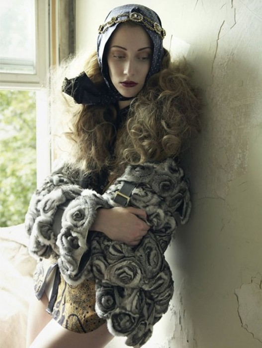 Alana Zimmer by Mark Seliger for Vogue Spain October 2010
