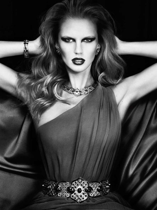 Anne Vyalitsyna for Harper's Bazaar Spain March 2011 by Txema Yeste