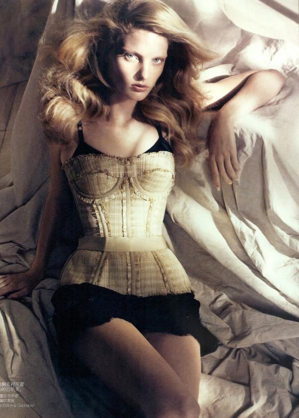 Vogue China | Patricia van der Vliet by Lachlan Bailey