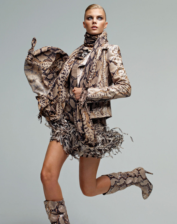 Blumarine Fall 2010 Campaign | Maryna Linchuk by Patrick Demarchelier