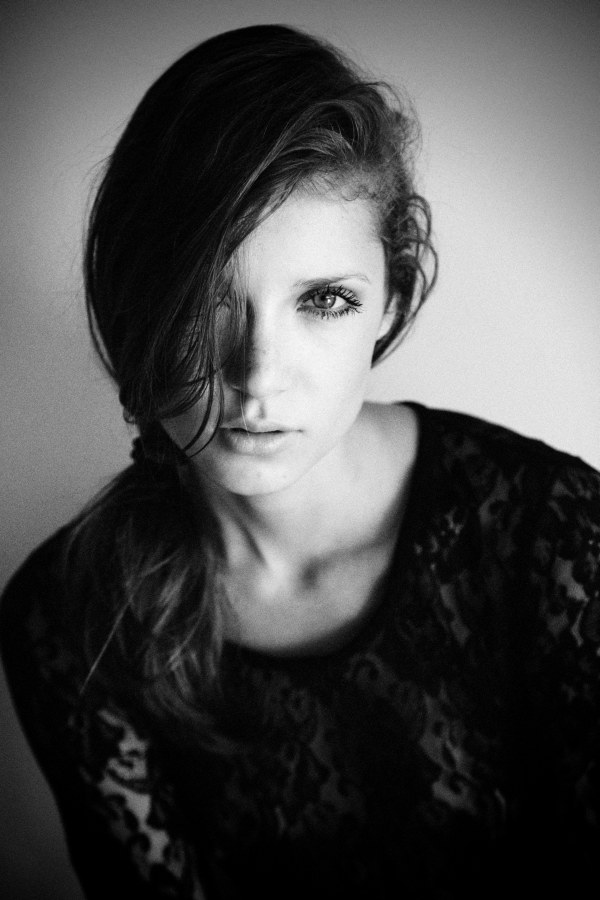 Portrait | Camila Mingori by Josefina Bietti