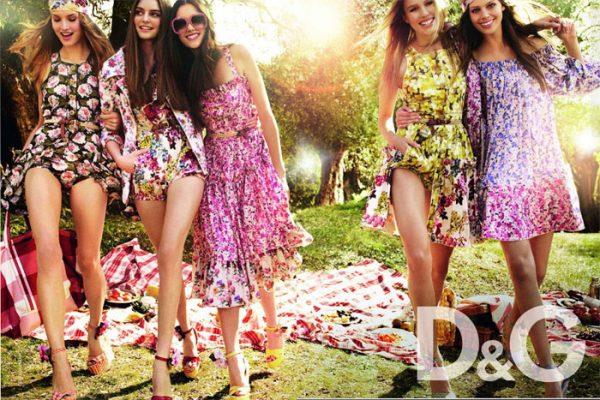D&G Spring 2011 Campaign Preview | Julia, Keke & Maria by Mario Testino