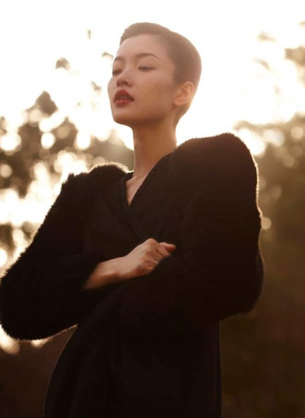 Du Juan by Wee Khim for <em>Nuyou Singapore</em> September 2010