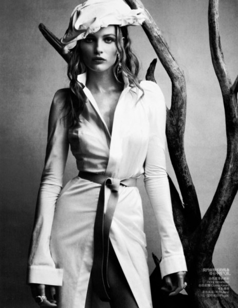 Edita Vilkeviciute by Patrick Demarchelier | <em>Vogue China</em> April 2010