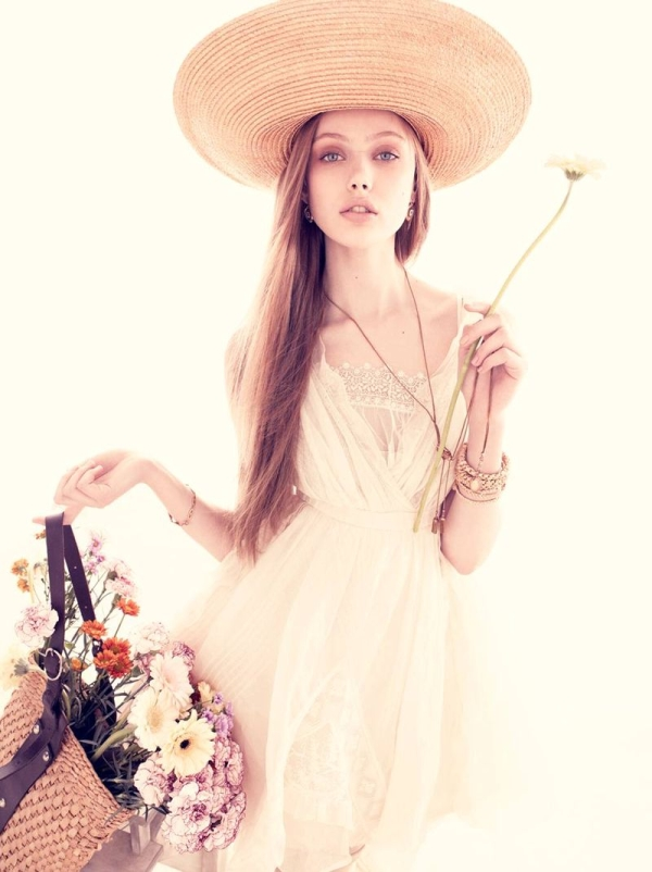Frida Gustavsson by Andreas Sjodin for Vogue Nippon June 2010 | Morning Flowers