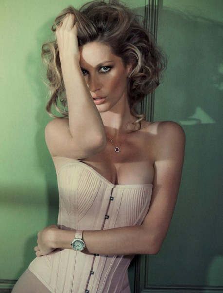 Gisele Bundchen by Jacques Dequeker for Vogue Brazil October 2010