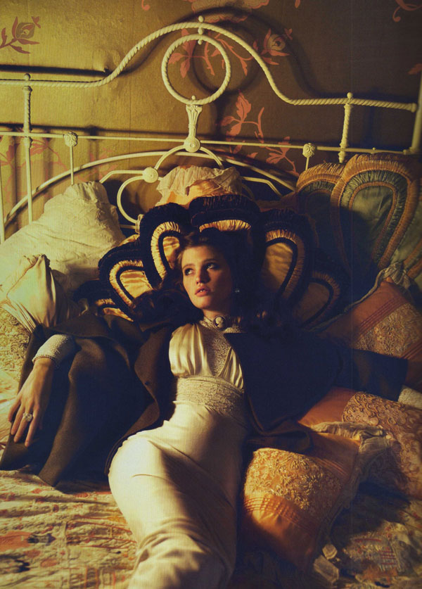 Lara Stone by Mert & Marcus for Vogue Paris September