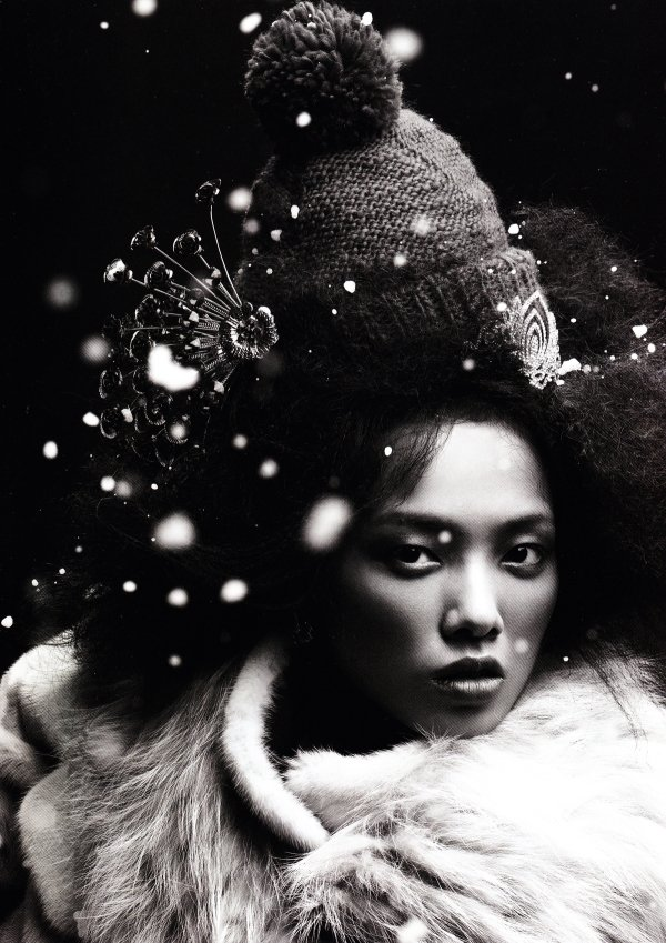 Grace Gao by Mei Yuan Gui for Numéro China November 2010