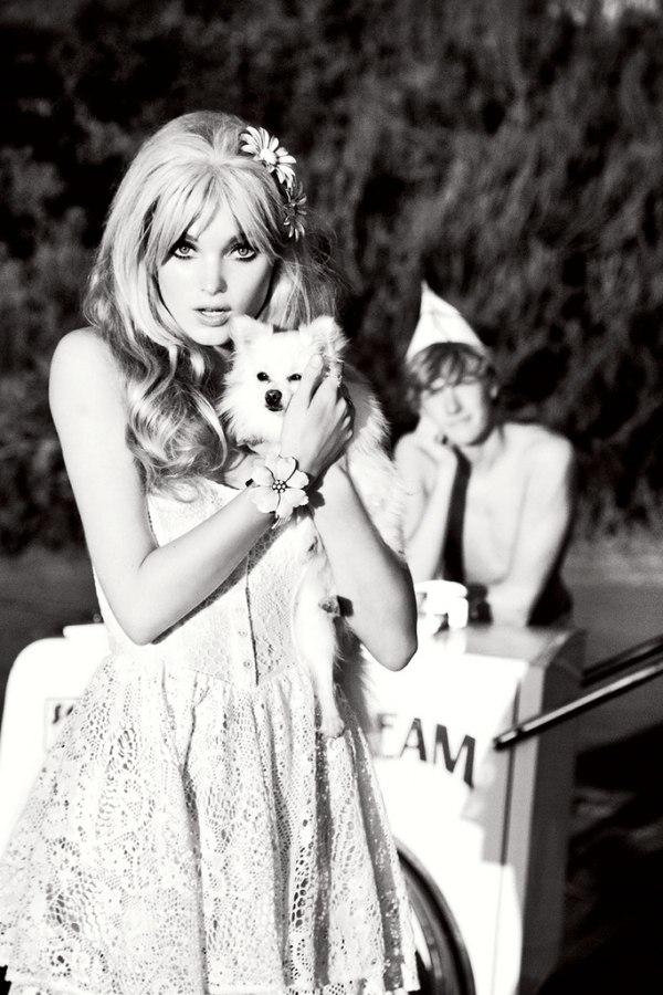 Guess Spring 2011 Campaign | Elsa, Alyssa & Kate by Ellen von Unwerth
