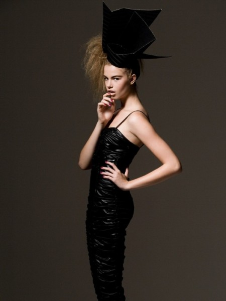 Hailey Clauson by Alexander Neumann for <em>Harper's Bazaar Mexico</em>