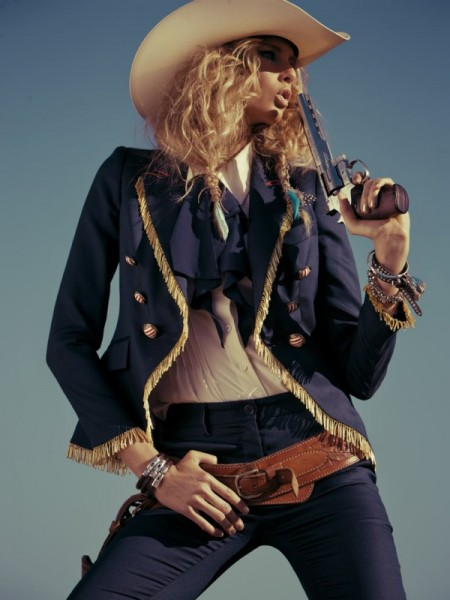 Hana Soukupova by Santiago Esteban for <em>Elle Spain</em> March 2011