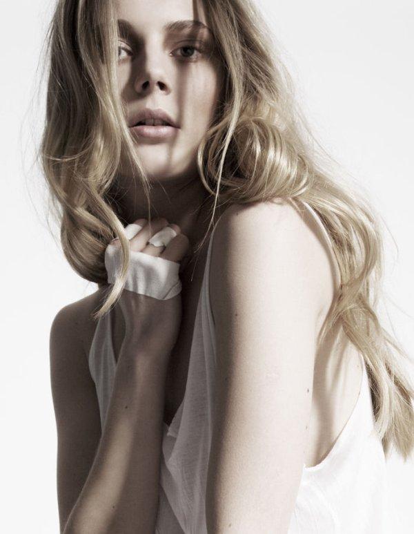 Portrait   Ieva Laguna by Zig Tesch