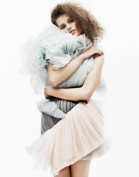 Giedre Dukauskaite by John Lindquist   Vogue Turkey March 2010