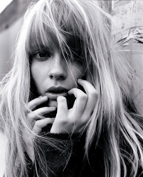 Morning Beauty | Julia Stegner by Tesh