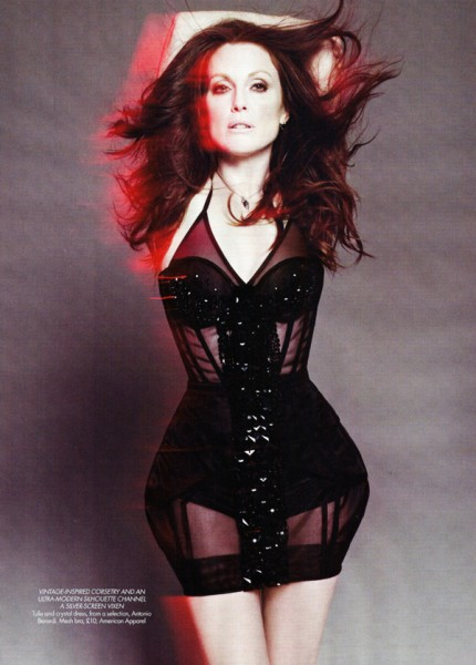 Harper's Bazaar UK | Julianne Moore by Paola Kudacki