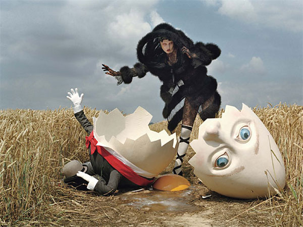 Snap! | Karlie Kloss by Tim Walker for <em>W Magazine</em>