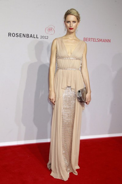 Karolina Kurkova Sparkled in Vionnet at the 2012 Rosenball