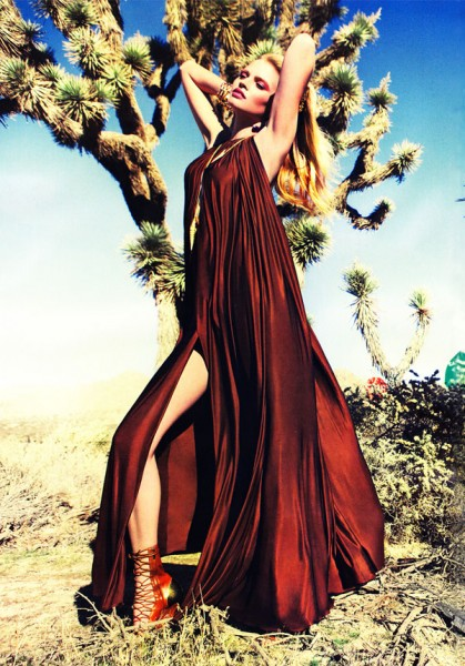 Lara Stone for <em>Vogue China</em> March 2011 by Inez & Vinoodh