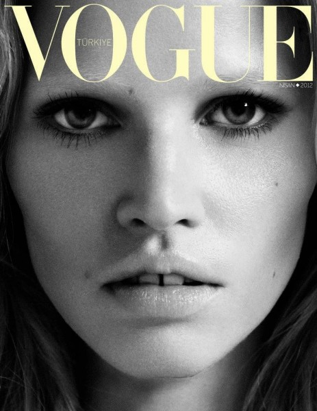 Vogue Turkey April 2012 Cover | Lara Stone by Cuneyt Akeroglu