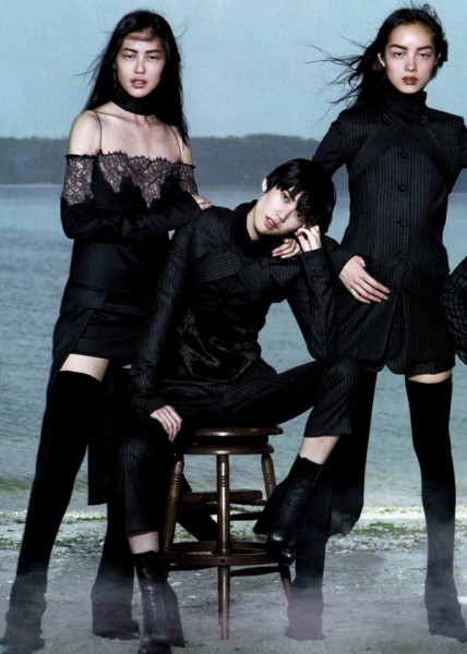 Tao, Liu, Ming, Shu Pei & Fei Fei by Peter Lindbergh for <em>Vogue China</em> September 2010