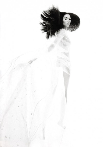 Liu Wen for <em>Numéro China</em> September 2010 by Tiziano Magni