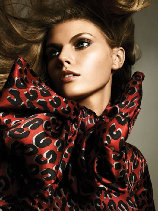 Morning Beauty | Maryna Linchuk by Alexi Lubomirski