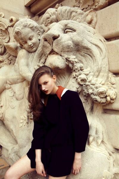 Joanna Koltuniak, Stella Maxwell & Jennifer Messelier by Hugues Laurent for Modern Weekly China