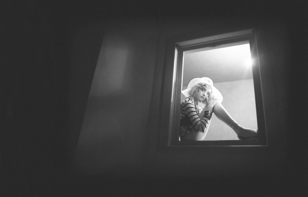 Morning Beauty   Natalia Vodianova by Glen Luchford