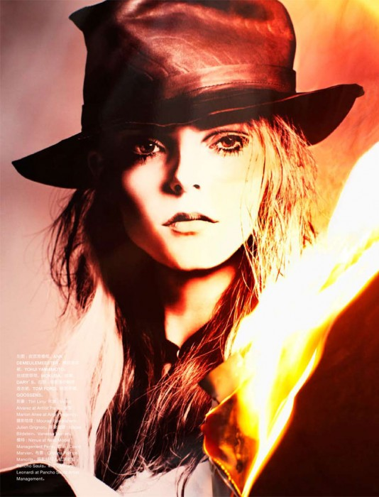 Nimue Smit by Txema Yeste for Numéro China April 2012