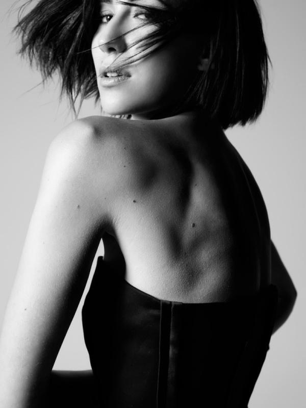 Paola de Orleans by Renam Christofoletti for Vogue Brazil November 2010