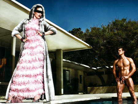 Missy Orders 'Pool Service' in Numéro #104