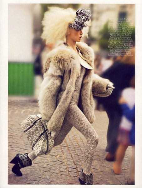 Vogue Paris November 2009 | Raquel Zimmermann by Inez van Lamsweerde & Vinoodh Matadin