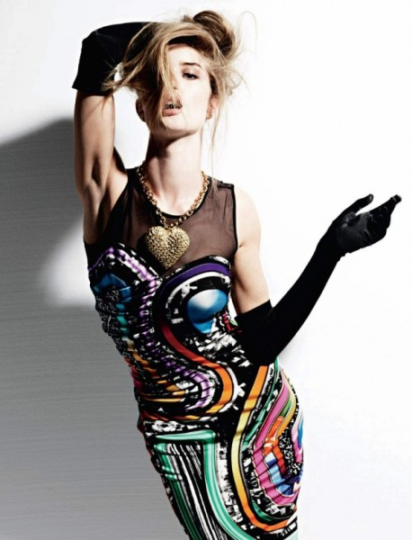 Rosie Huntington-Whiteley by Alan Gelati | <em>Harper&#8217;s Bazaar Russia</em> May 2010