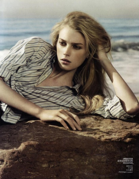 Sigrid Agren by Mark Segal | <em>Vogue China</em> April 2010