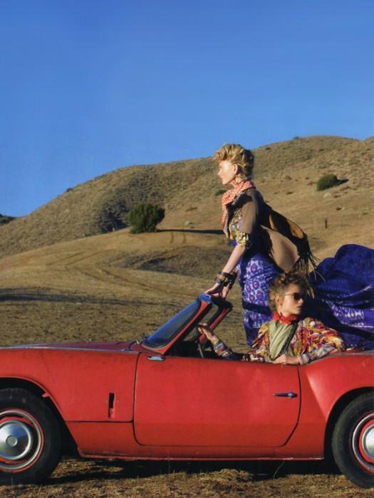 Vogue US | The Wanderers-Abbey Lee Kershaw, Patricia van der Vliet & Karlie Kloss by Arthur Elgort